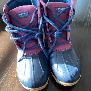 NWOT Sperry Girls Port Duck Boot